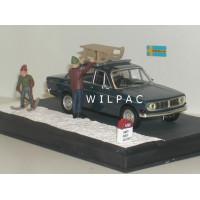 Volvo 144 1970 donkerblauw winter diorama IXO 1:43