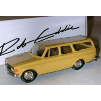 Volvo 145 1973 okergeel Rob Eddie 1:43 RE15