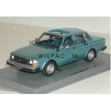 Volvo 244 GL 240 1975 blauw met. NEO 1:43