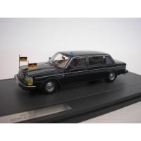Volvo 264 TE Limousine DDR 1978 blauw MATRIX 1:43
