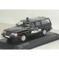 Volvo 245 240 Estate POLITI Deense Politie Minichamps 1±43