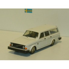 Volvo 245 240 estate 1975 wit Tin Wizard 1:43