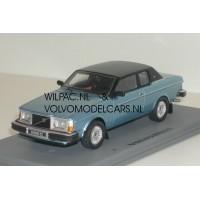 Volvo 262C Bertone blauw met. 1981 NEO 1:43