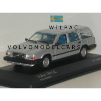 Volvo 740 Estate 1986 zilvergrijs met. Minichamps 1:43