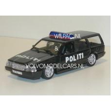 Volvo 760 GLE estate 1988 Deense Politie in zwart Polistil 1:43