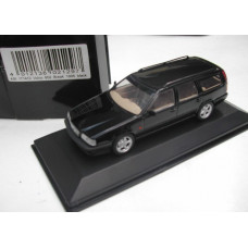 Volvo 850 Estate 1995 zwart Minichamps 1:43