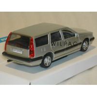 Volvo 850 Estate 1995 zilvergrijs met. RHD RECHTS STUUR AHC 1:43