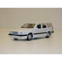 Volvo 850 Estate 1995 wit AHC 1:43