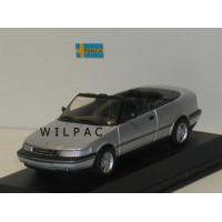 SAAB 900 Cabrio zilvergrijs metallic Minichamps 1:43