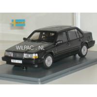 Volvo 940 GL Sedan antracietgrijs met. NEO 1:43