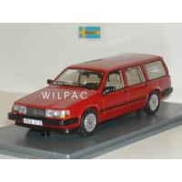 Volvo 940 GL Estate rood NEO 1:43