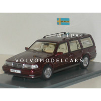 Volvo 960 Estate donkerrood met. NEO 1:43