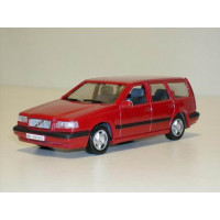 Volvo 850 Estate 1995 rood AHC 1:43