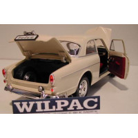 Volvo Amazon 1966 1:18 wit Revell Volvo