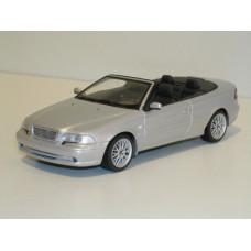 Volvo C70 cabrio 1997 zilvergrijs met. Minichamps 1:43