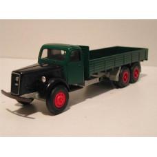 Volvo LV293 groen bakwagen 1:43 Conrad