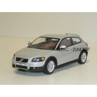 Volvo C30 2006 cosmic white metallic Motor Art 1:43