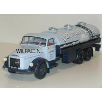 Volvo N88 tankwagen Lait Mont Blanc 1:43 ! Altaya