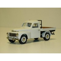 Volvo V445 Duett pickup 1957 wit Rob Eddie RE23 1:43