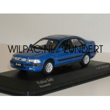 Volvo S40 2000 hemelsblauw Minichamps 1:43