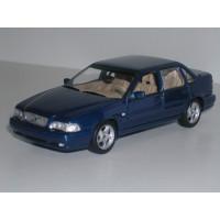 Volvo S70 1998 blauw met. Minichamps 1:43