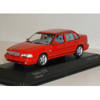 Volvo S70 1998 rood Minichamps 1:43
