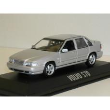 Volvo S70 1998 zilvergrijs metallic Minichamps 1:43