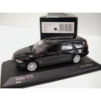 Volvo V70 2000 zwart Minichamps 1:43