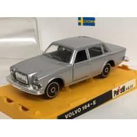 Volvo 164 E zilvergrijs metallic Polistil 1:43