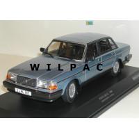 Volvo 240 1:18 240GL 244 1986 blauw metallic Minichamps
