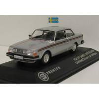 Volvo 242 GT zilvergrijs met. 1978 Triple 9 1:43