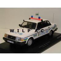 Volvo 240 1:18 240GL 244 POLIS Zweedse Politie Minichamps blauw geel