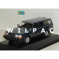 Volvo 245 240 Estate 1986 donkerblauw MAXIchamps 1:43