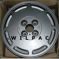3434961 Volvo aluminium velg 5,5x14 NOS 460 GLE