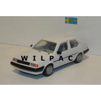 Volvo 340 3 deurs wit Hostaro 1:43 MARGE