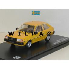 Volvo 343 geel oranje 1976 Triple 9 1:43