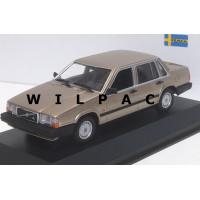 Volvo 740 GL 1986 goud / brons metallic Maxichamps 1:43