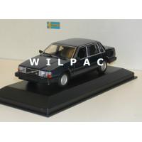 Volvo 740 GL 1986 donkerblauw metallic Maxichamps 1:43