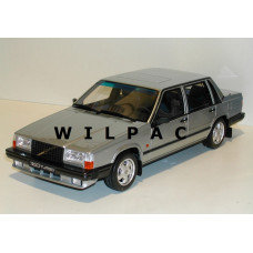 Volvo 740 Turbo 1:18 lichtgroen metallic 1987 OTTO mobile