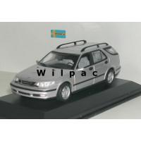 SAAB 9-5 Estate 1999 zilvergrijs met. Minichamps 1:43