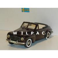 Volvo PV445 1953 Valbo cabrio wijnrood Somerville #138 1:43