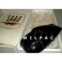 SAAB 92 001 Ursaab 1947 houten model /  zwart in speciale wijnkist Playsam 1:18