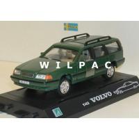 Volvo V70 1998 groen Cararama 1:43