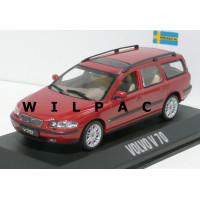 Volvo V70 2000 rood metallic + roofrail Minichamps 1:43