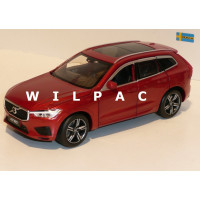 Volvo XC60 201? fusion red rood metallic Tayumo 1:32